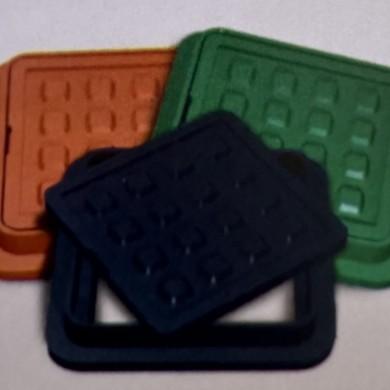 Люк каналізаційний K 300 зелений квадратний